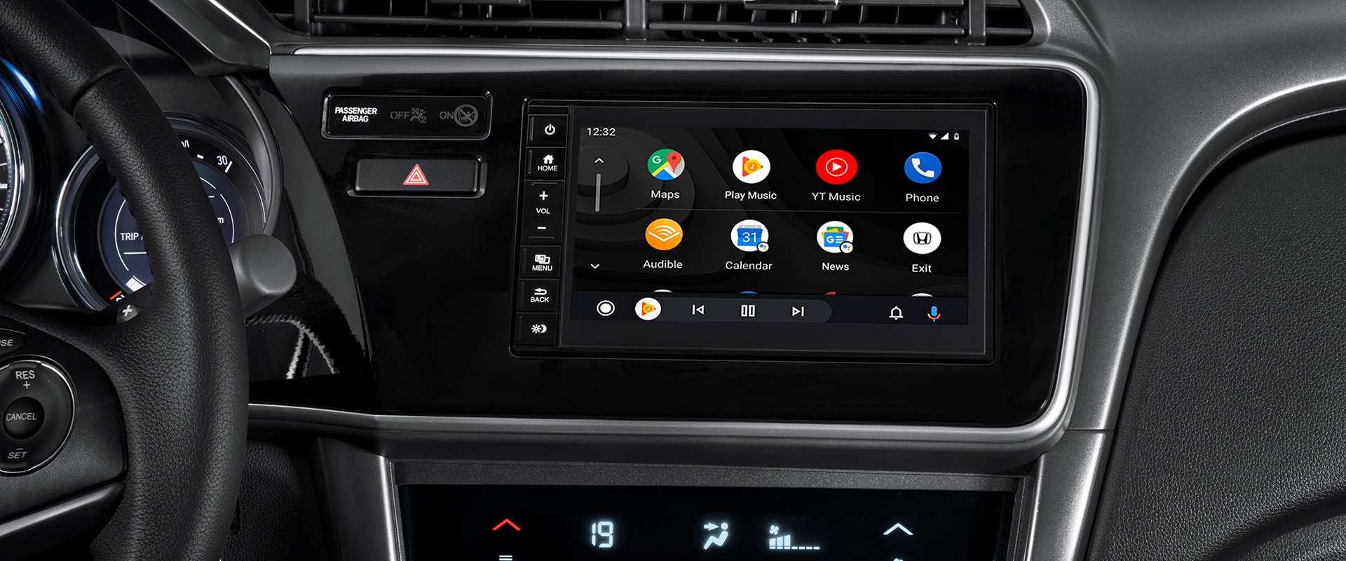 Multimídia 7'' multi-touchscreen com interfaces Android Auto™  para smartphone