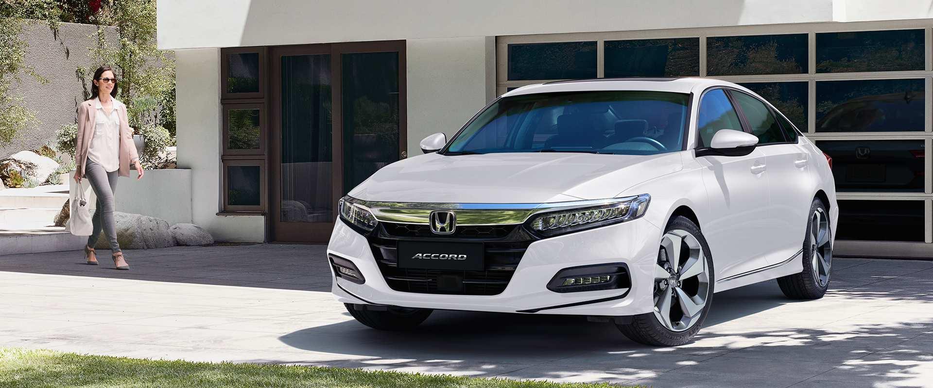 Honda Accord Touring - Design exclusivo,