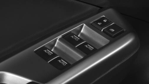 """Vidros elétricos com subida automática com """"um toque"""""""